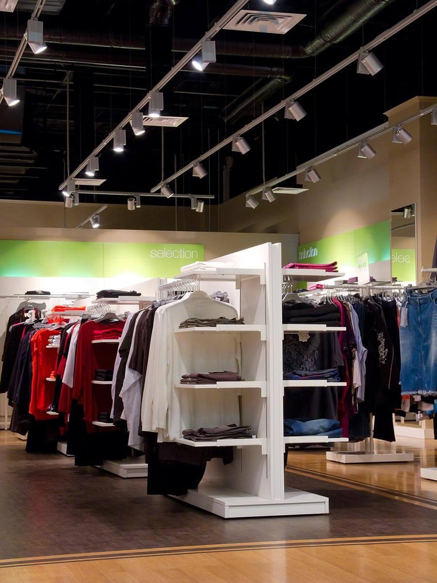 Design de boutique de vêtements, peinture beige